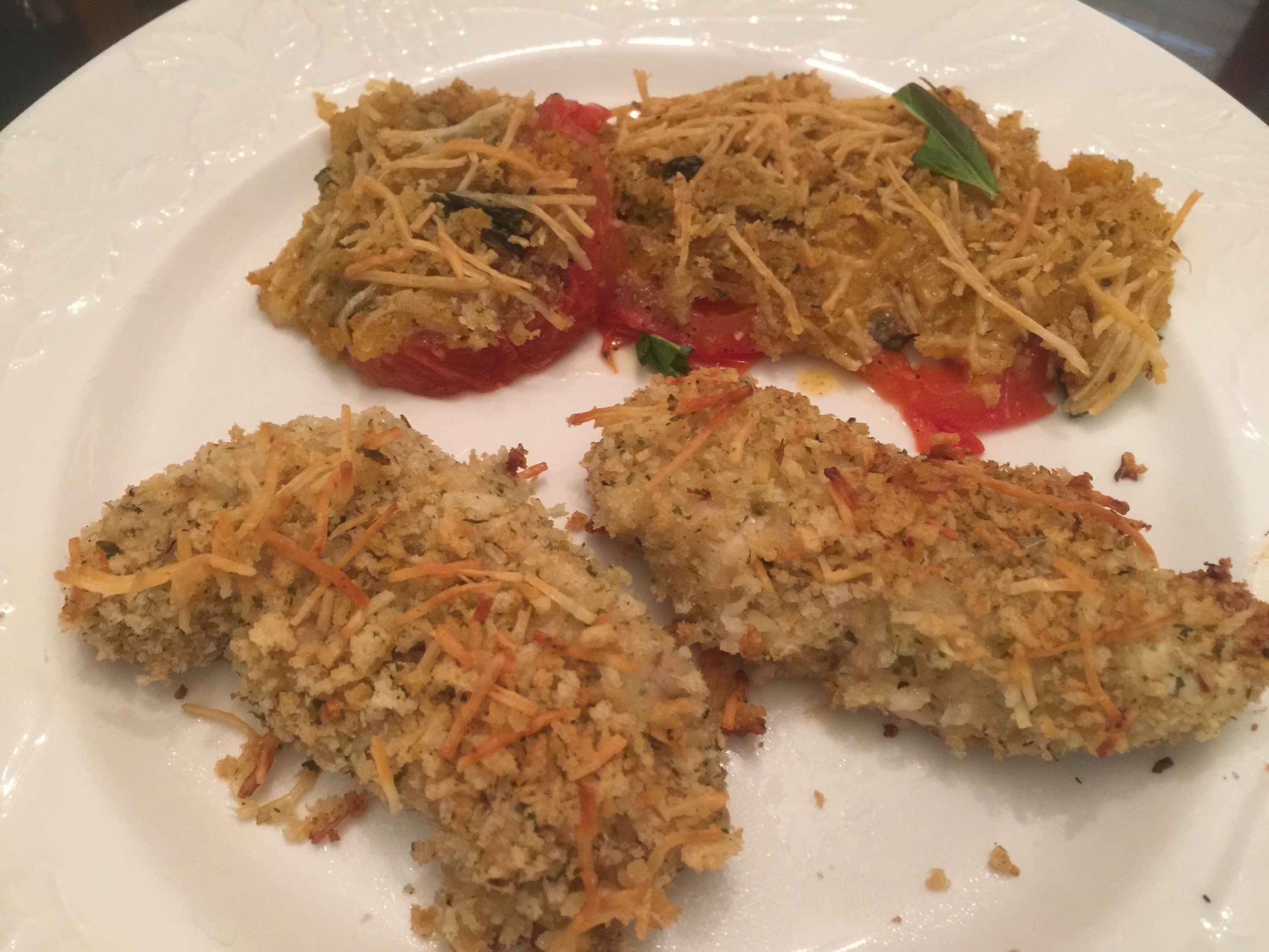 Super easy and quick Italian Chicken Tenders and Baked Tomatoes from www.PieLadyLife.com